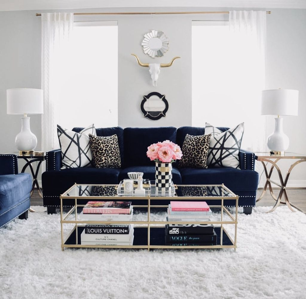 Beautiful Valentine Living Room Decor Ideas You Should Try 15