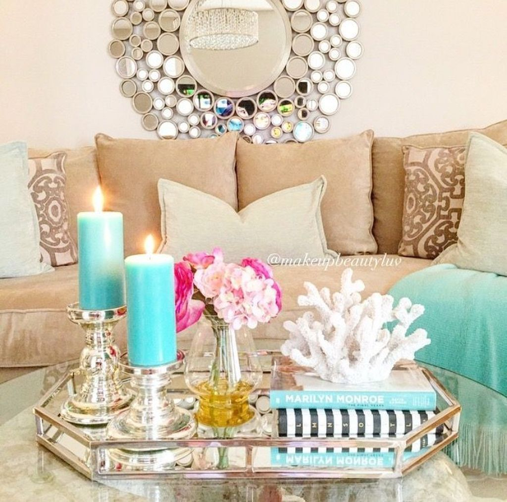 Beautiful Valentine Living Room Decor Ideas You Should Try 20