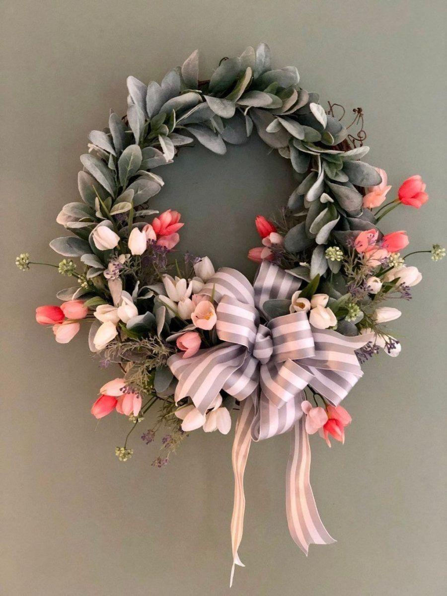Fabulous Valentine Wreath Design Ideas FOr Your Front Door Decor 37