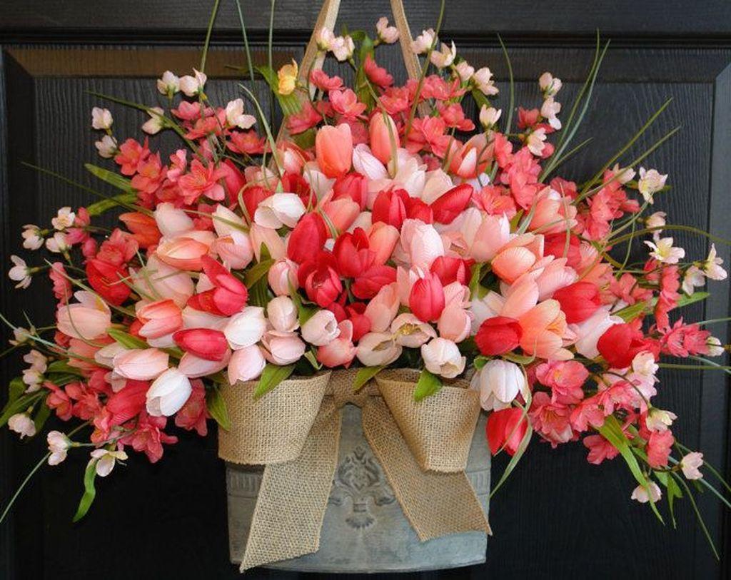Fabulous Valentine Wreath Design Ideas FOr Your Front Door Decor 42