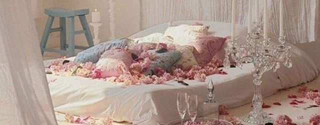 Gorgeous Romantic Valentine Bedroom Decoration Ideas 34