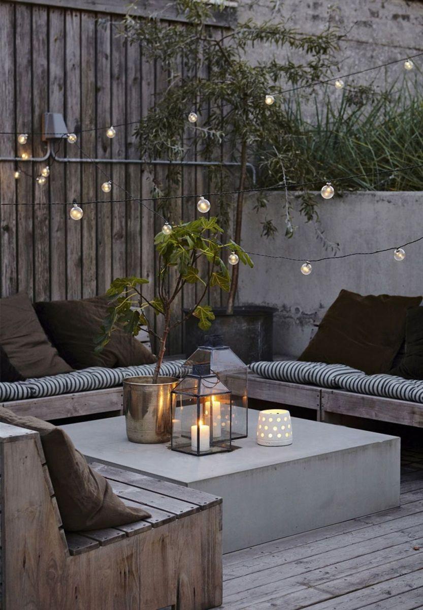 The Best Romantic Backyard Decorating Ideas 24