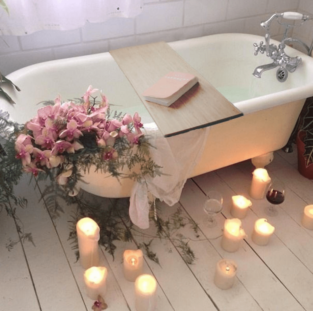 The Best Romantic Bathroom Ideas Perfect For Valentines Day 26
