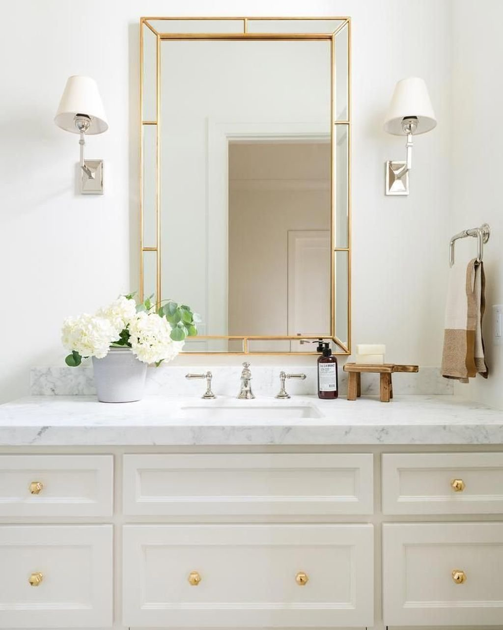 The Best Romantic Bathroom Ideas Perfect For Valentines Day 34