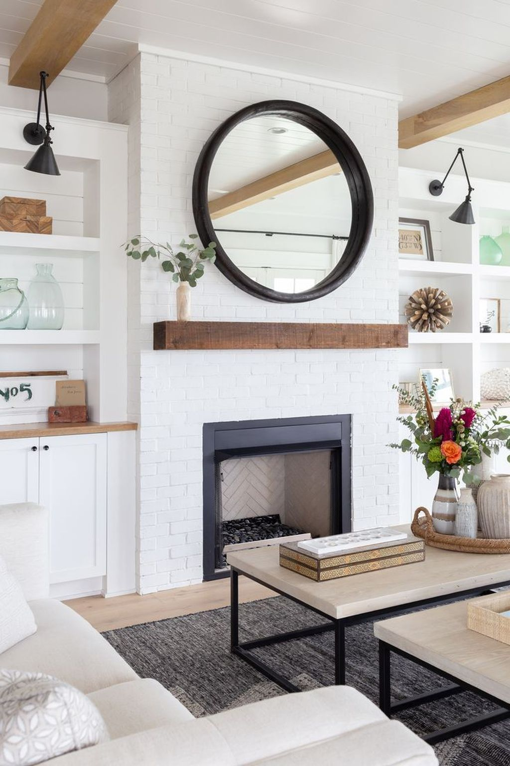 Beautiful Modern Farmhouse Fireplace Ideas You Must Have 06