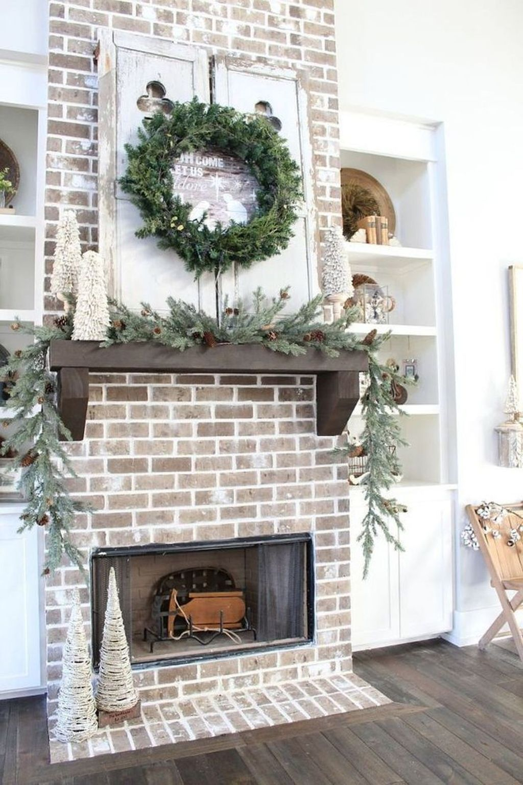 Beautiful Modern Farmhouse Fireplace Ideas You Must Have 08