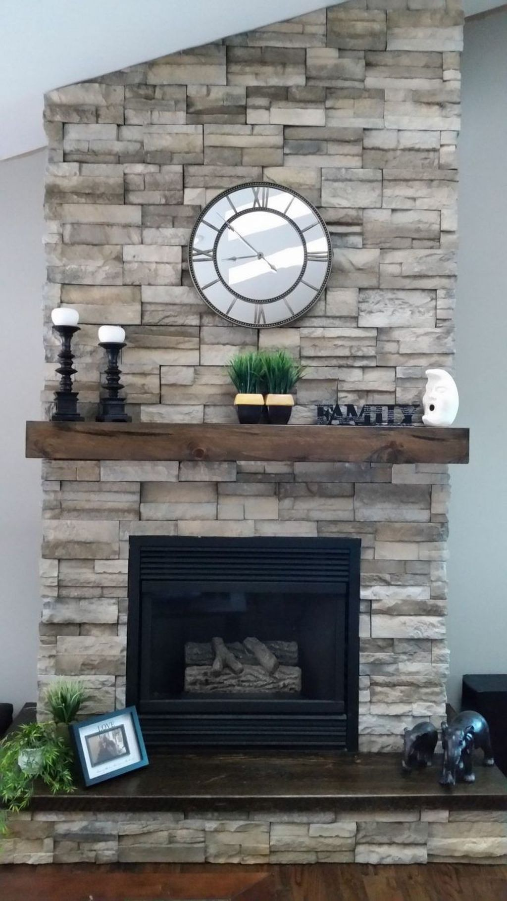 Beautiful Modern Farmhouse Fireplace Ideas You Must Have 34