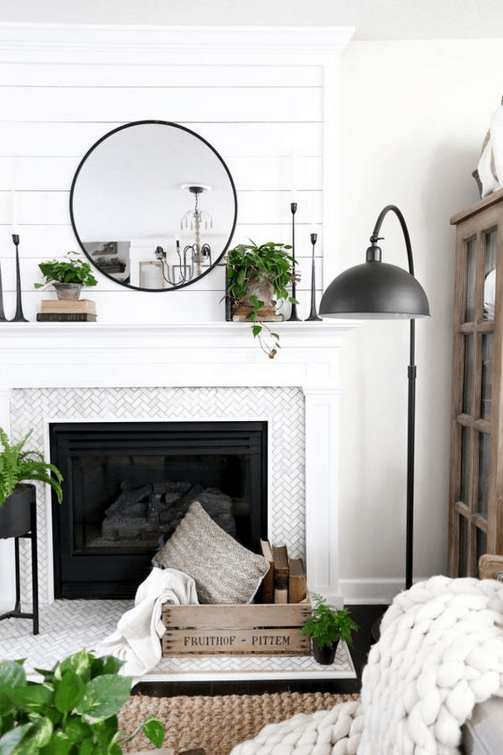 Beautiful Modern Farmhouse Fireplace Ideas You Must Have 37