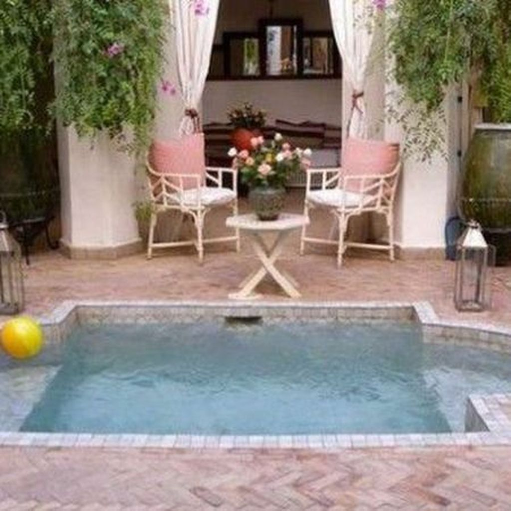 Beautiful Small Pool Backyard Landscaping Ideas Best For Spring And Summertime 13