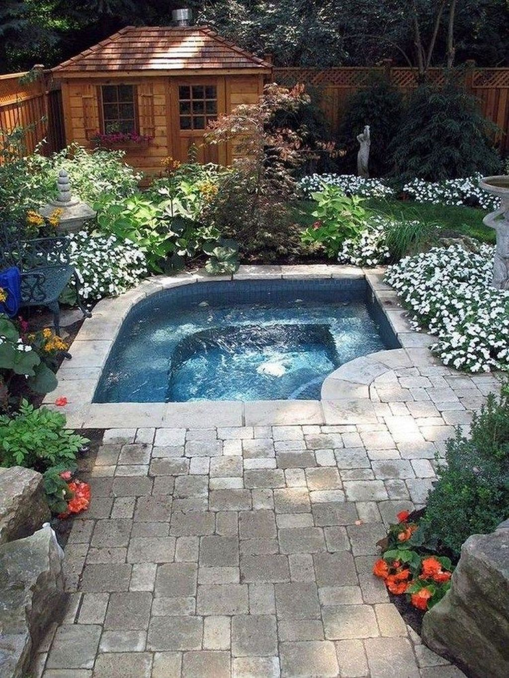 Beautiful Small Pool Backyard Landscaping Ideas Best For Spring And Summertime 27