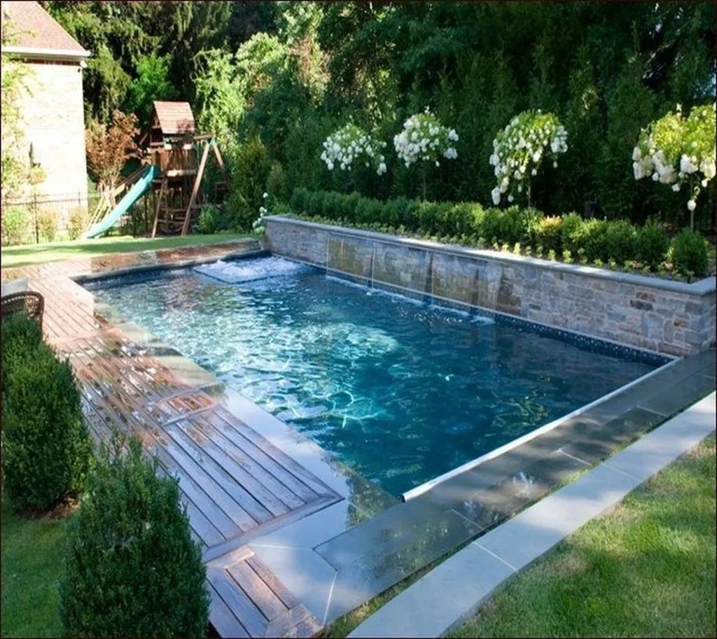 Beautiful Small Pool Backyard Landscaping Ideas Best For Spring And Summertime 32