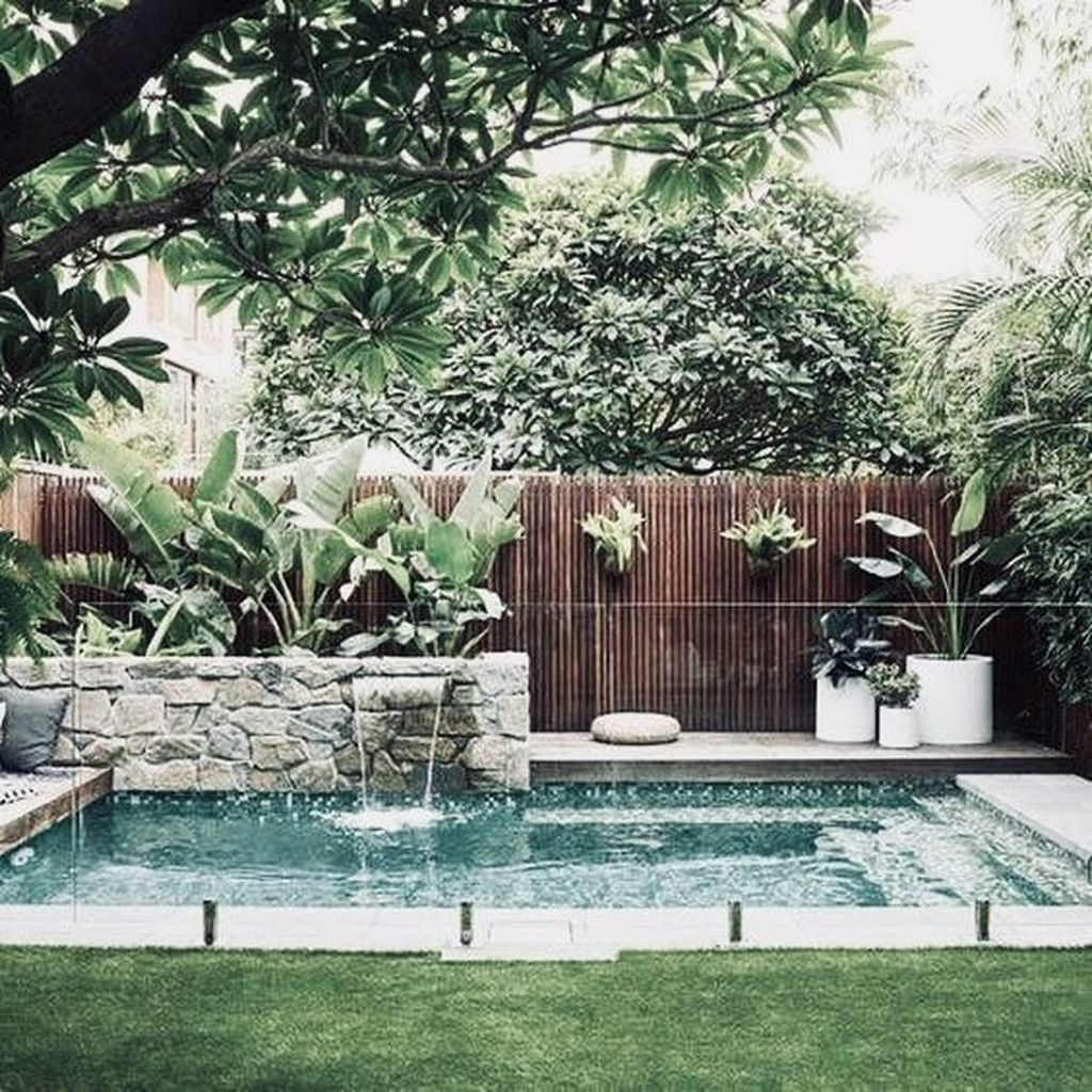 Beautiful Small Pool Backyard Landscaping Ideas Best For Spring And Summertime 34