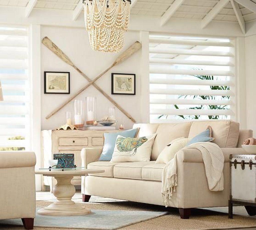 Inspiring Nautical Wall Decor Ideas For Living Room 20