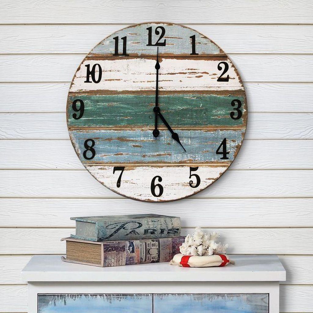 Inspiring Nautical Wall Decor Ideas For Living Room 24