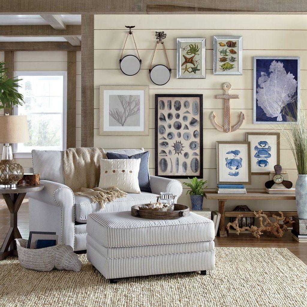 Inspiring Nautical Wall Decor Ideas For Living Room 27