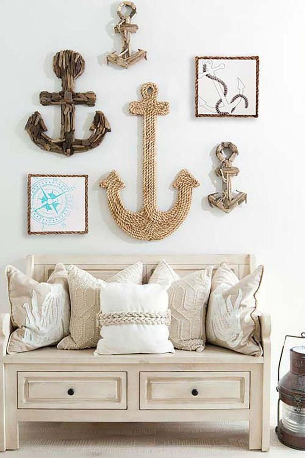 Inspiring Nautical Wall Decor Ideas For Living Room 31