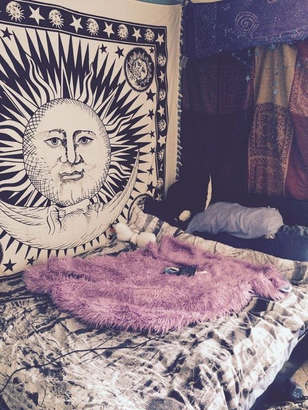 Stunning Hippie Room Decor Ideas You Never Seen Before 36
