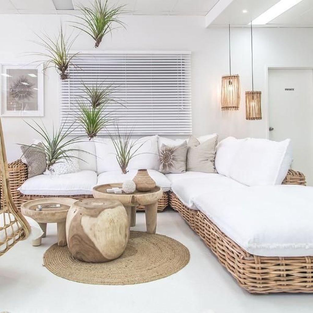 Admirable Beach House Decor Ideas You Should Copy 03