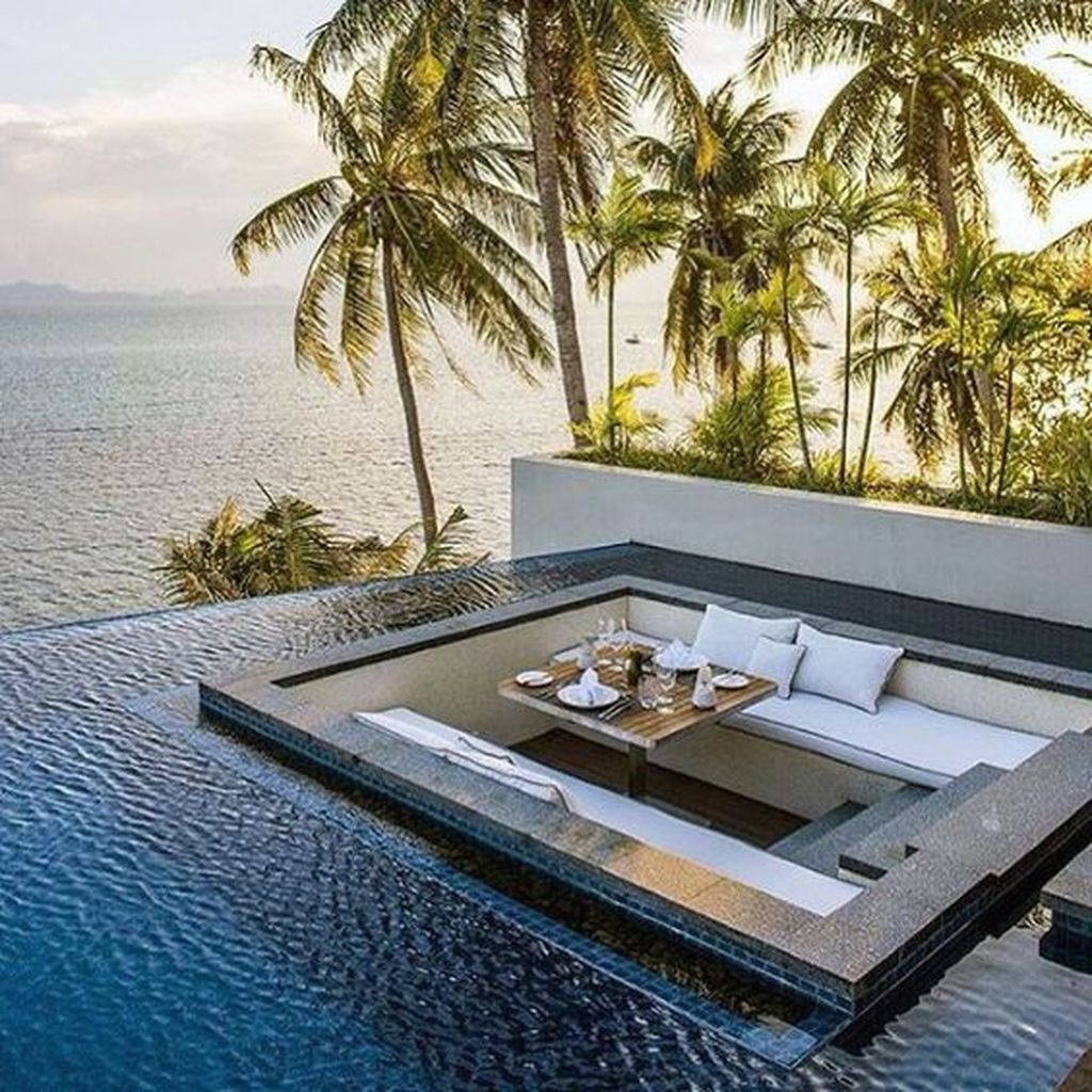 Amazing Pool Seating Ideas Which Are Very Comfortable 15