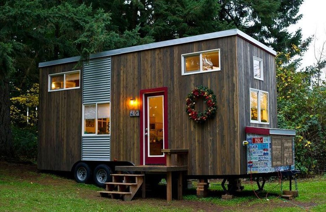 Amazing Rustic Tiny House Design Ideas 33