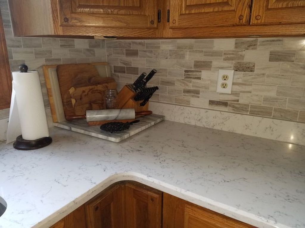 Beautiful Quartz Backsplash Kitchen Design Ideas 15