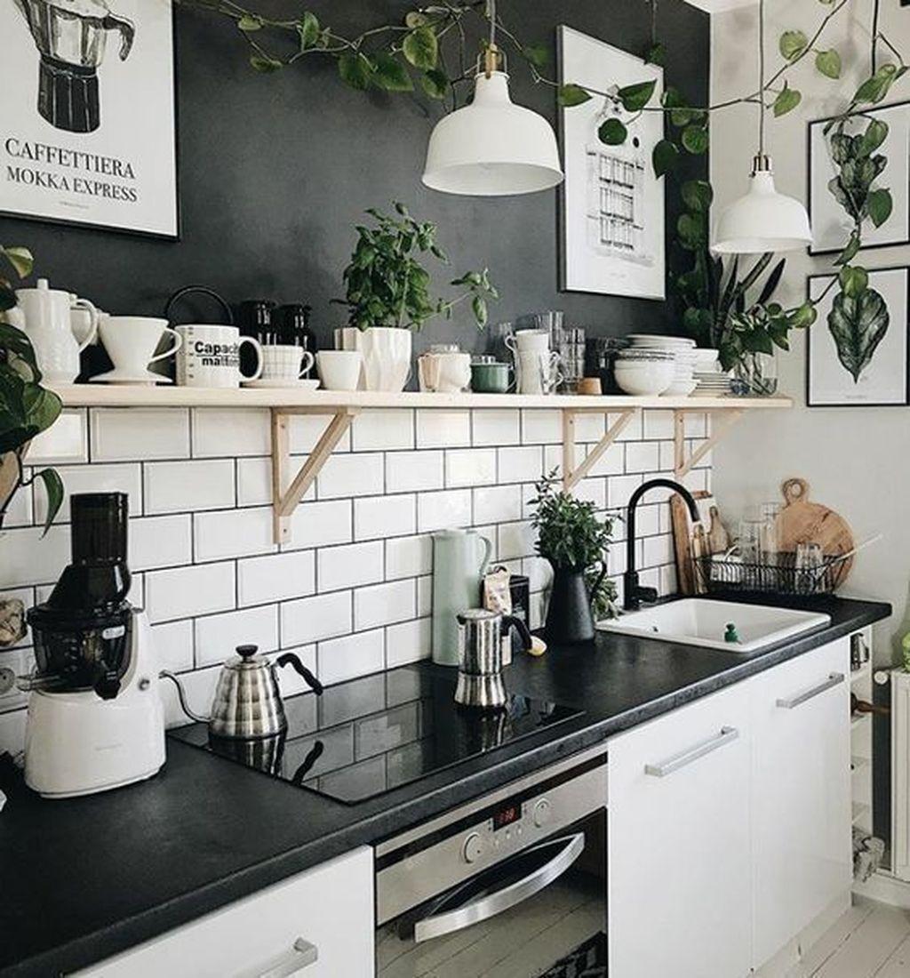 Fabulous Black And White Wood Kitchen Design Ideas 07