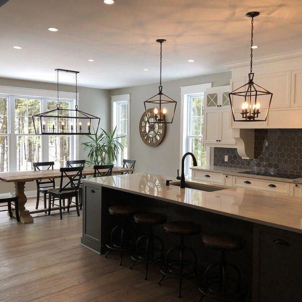 Fabulous Black And White Wood Kitchen Design Ideas 21
