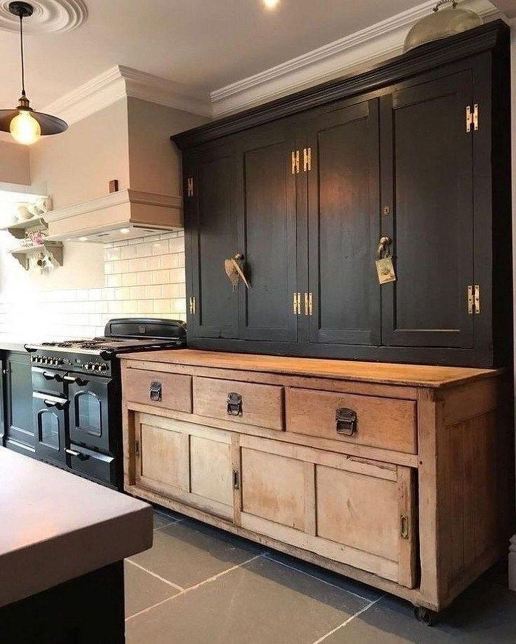 Fabulous Black And White Wood Kitchen Design Ideas 23