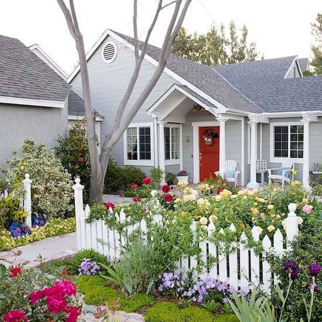 Fascinating Front Yard Cottage Garden Decor Ideas 15