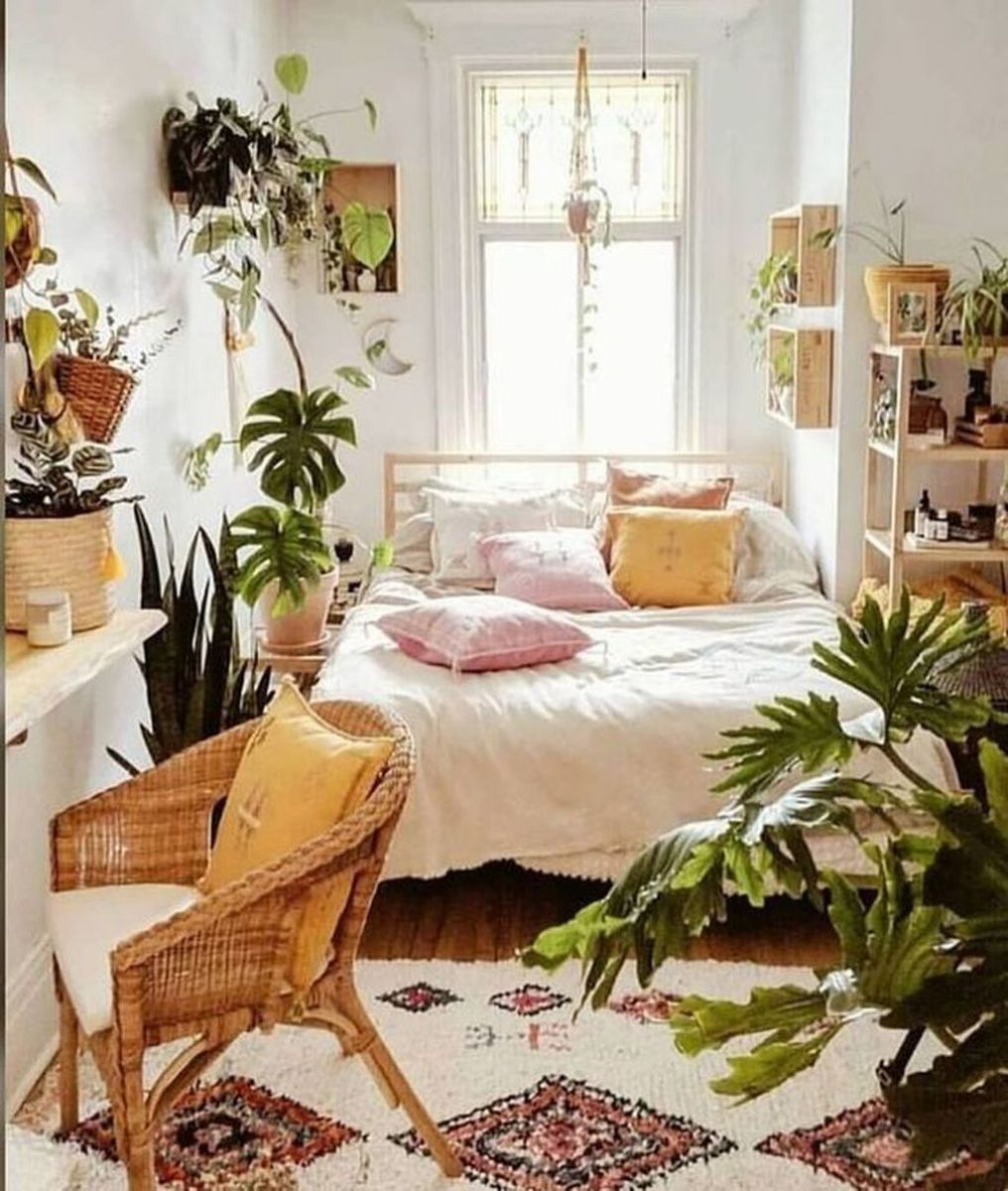 Gorgeous Bohemian Bedroom Decor Ideas You Can Try 16