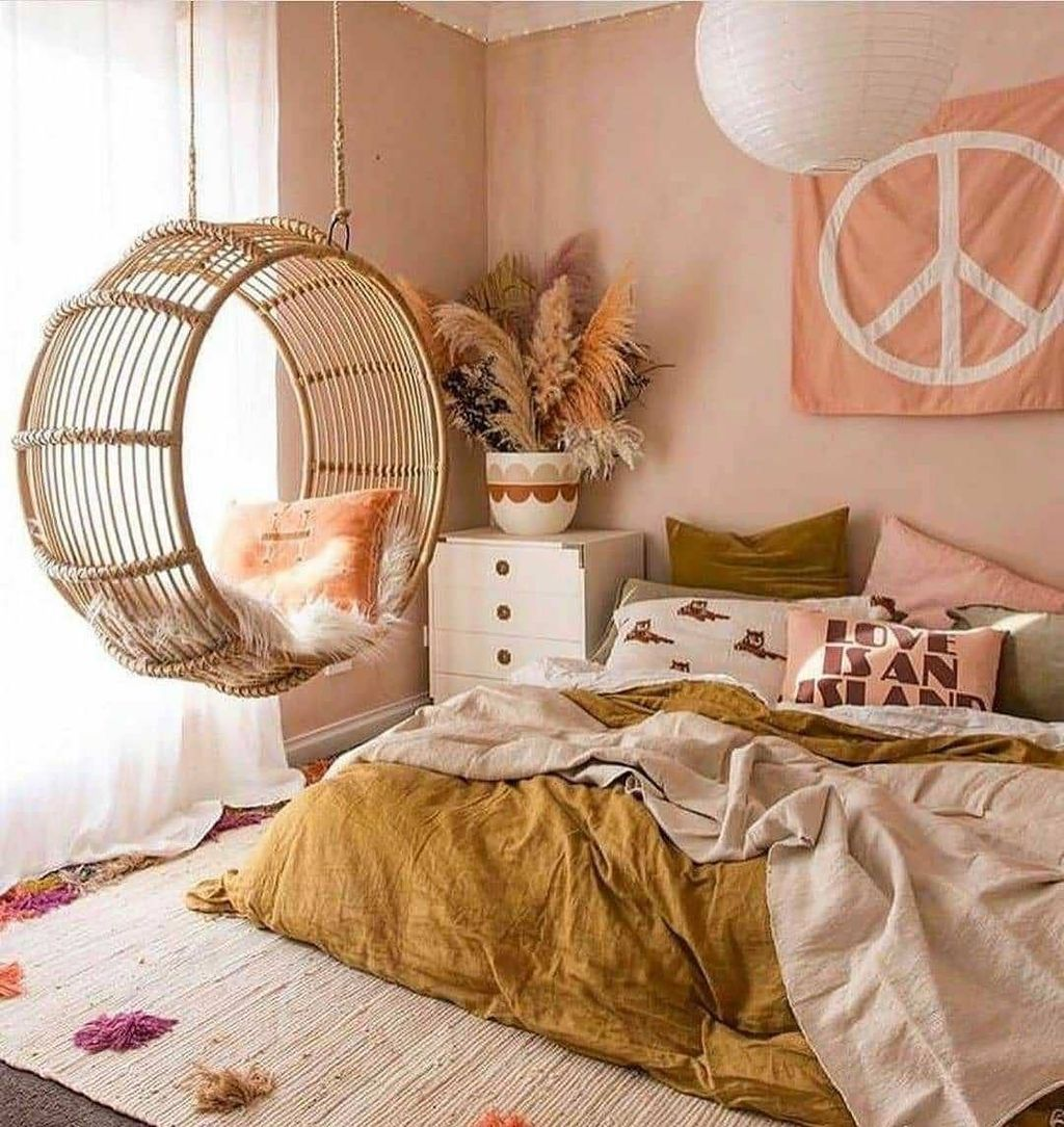 Gorgeous Bohemian Bedroom Decor Ideas You Can Try 23