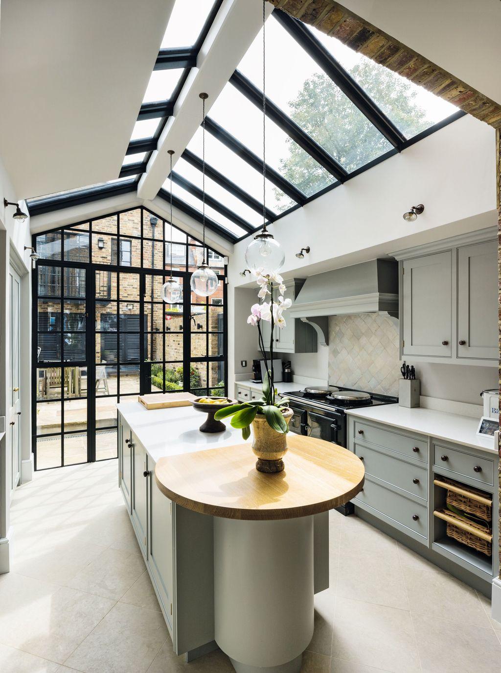 Inspiring Conservatory Kitchen Design Ideas 33