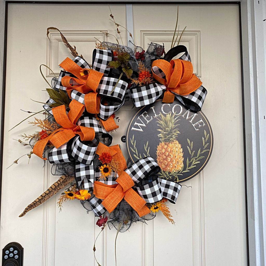 Inspiring Spring Door Wreaths For Your Home Decoration 25