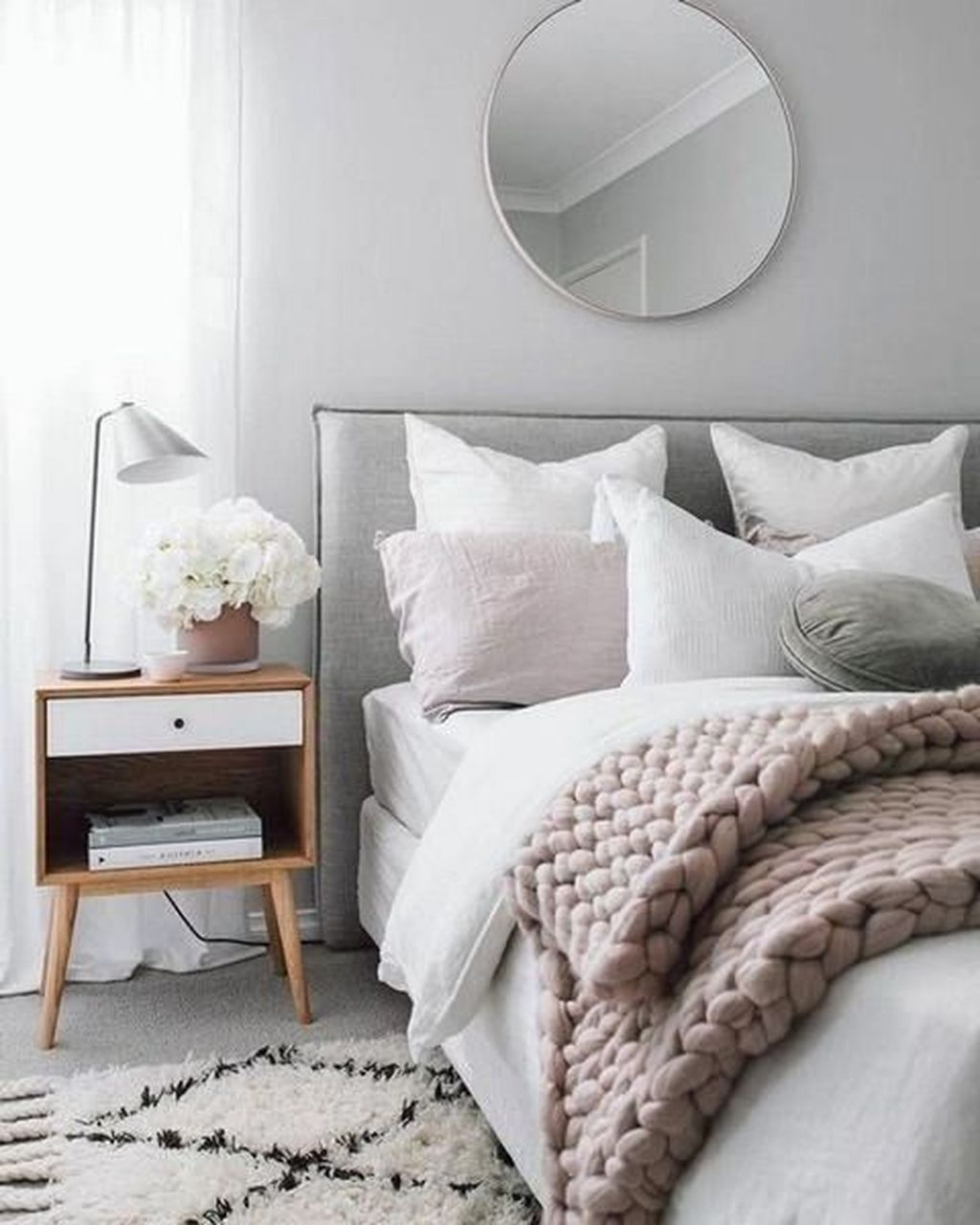 Lovely Simple Bedroom Decor Ideas That You Should Try 15