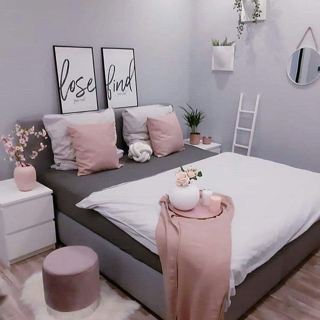Lovely Simple Bedroom Decor Ideas That You Should Try 26