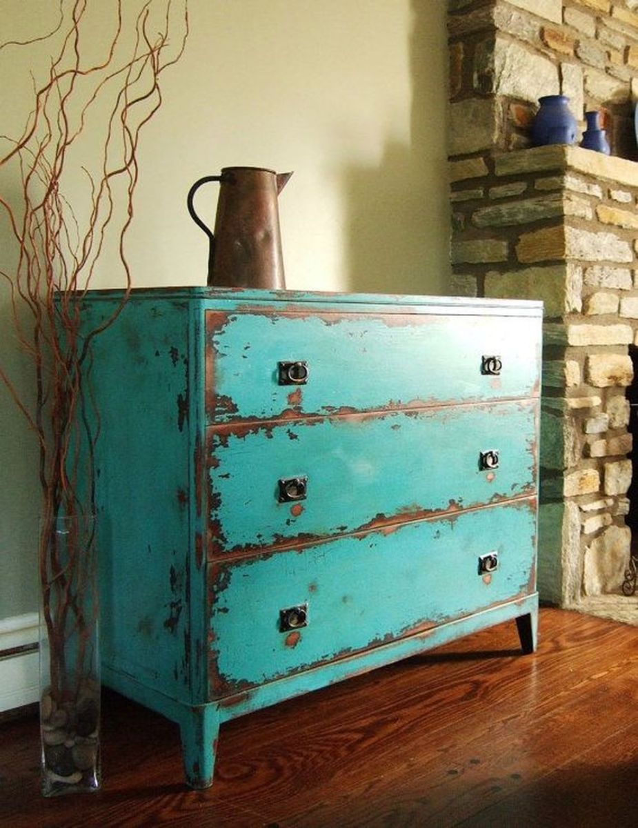 Popular Distressed Furniture Ideas To Get A Vintage Accent 02