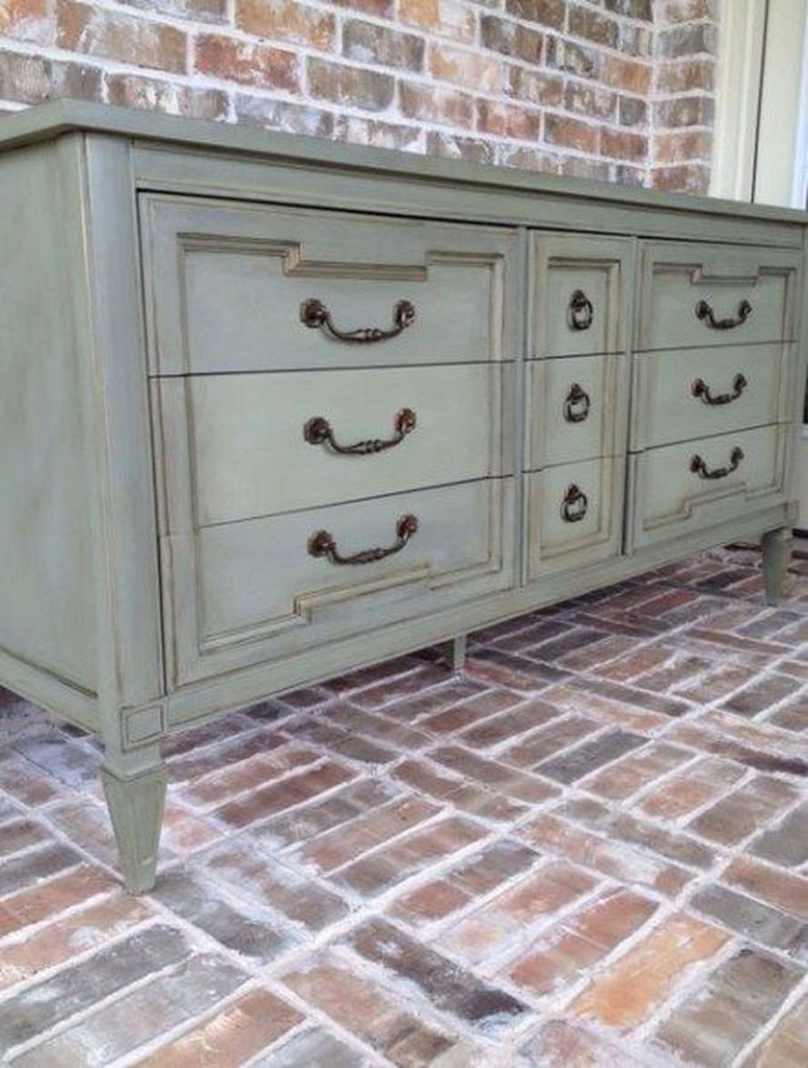 Popular Distressed Furniture Ideas To Get A Vintage Accent 08