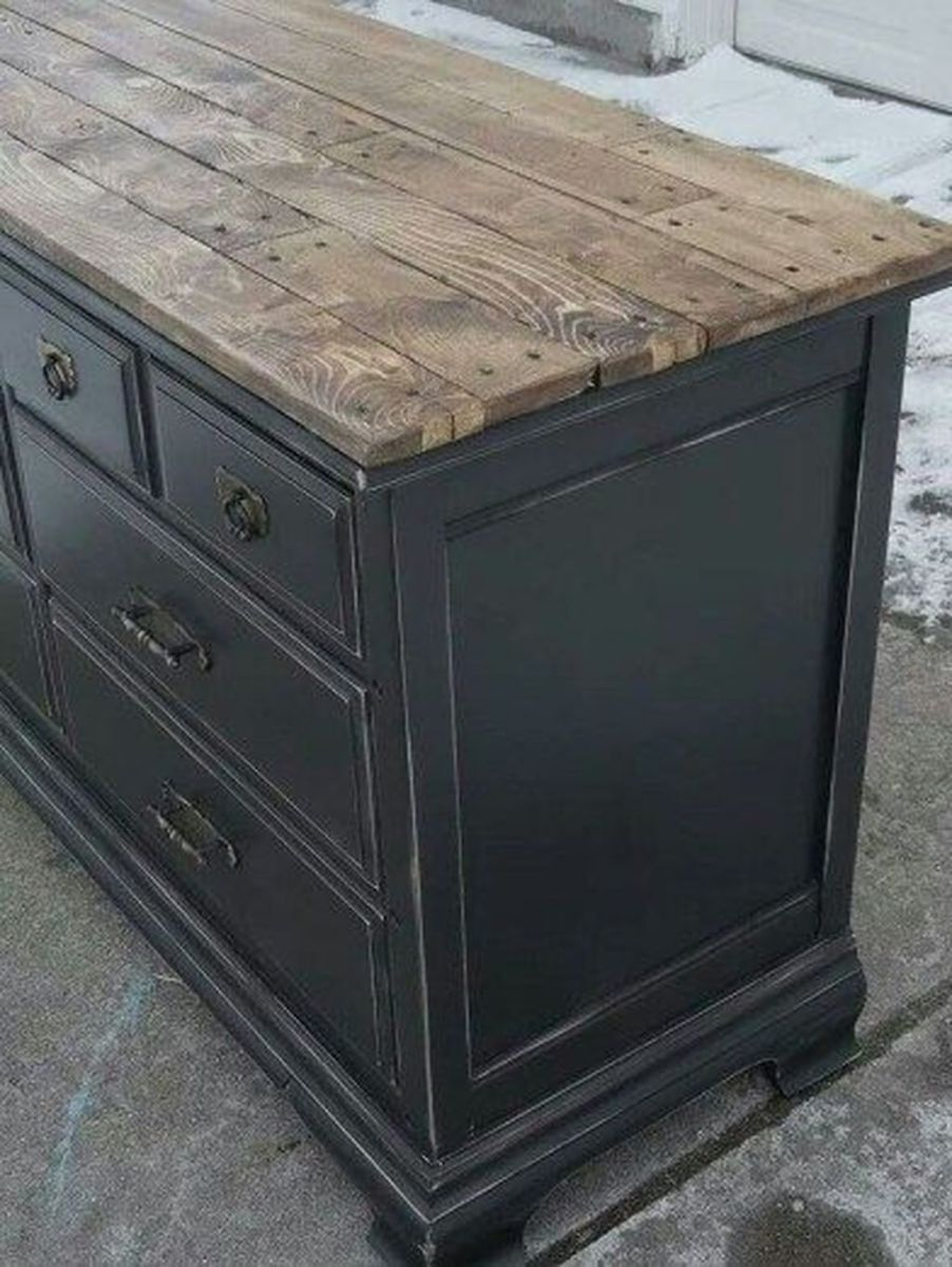 Popular Distressed Furniture Ideas To Get A Vintage Accent 17