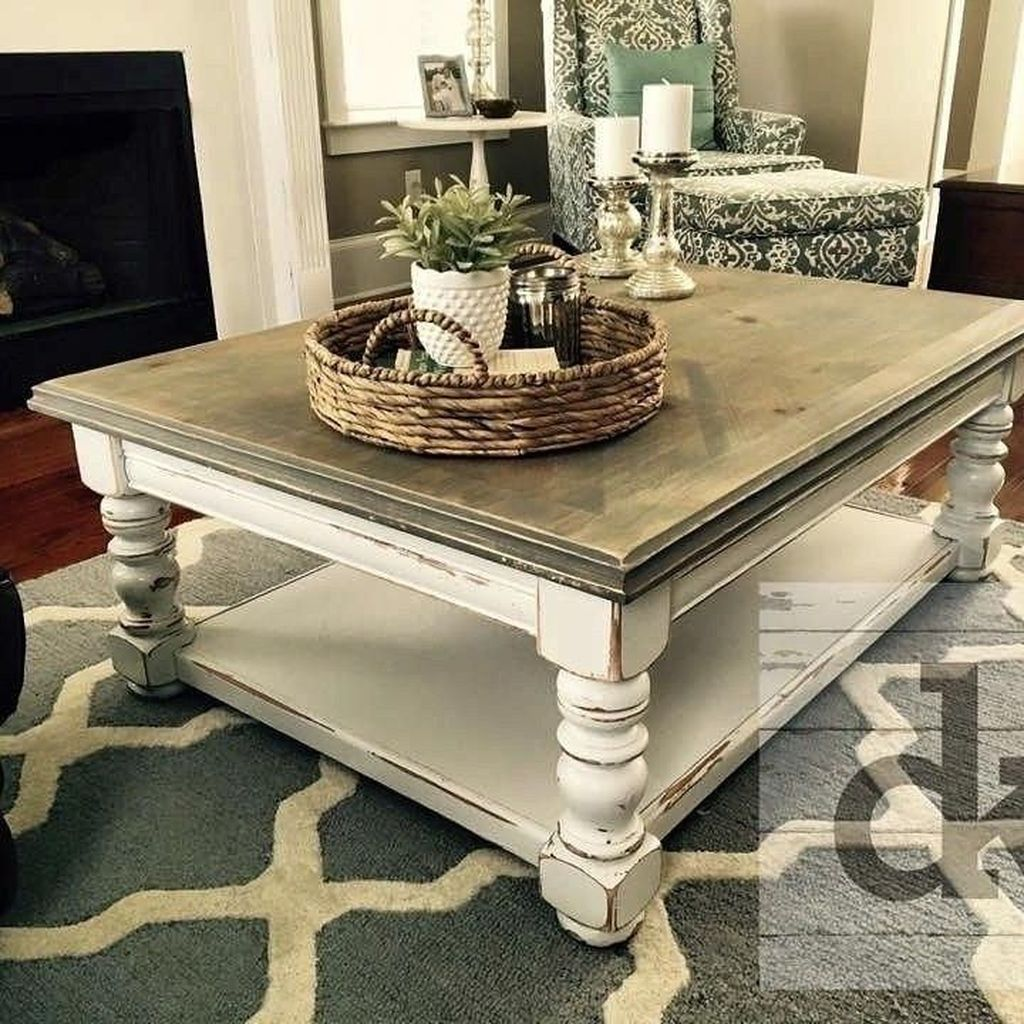 Popular Distressed Furniture Ideas To Get A Vintage Accent 35