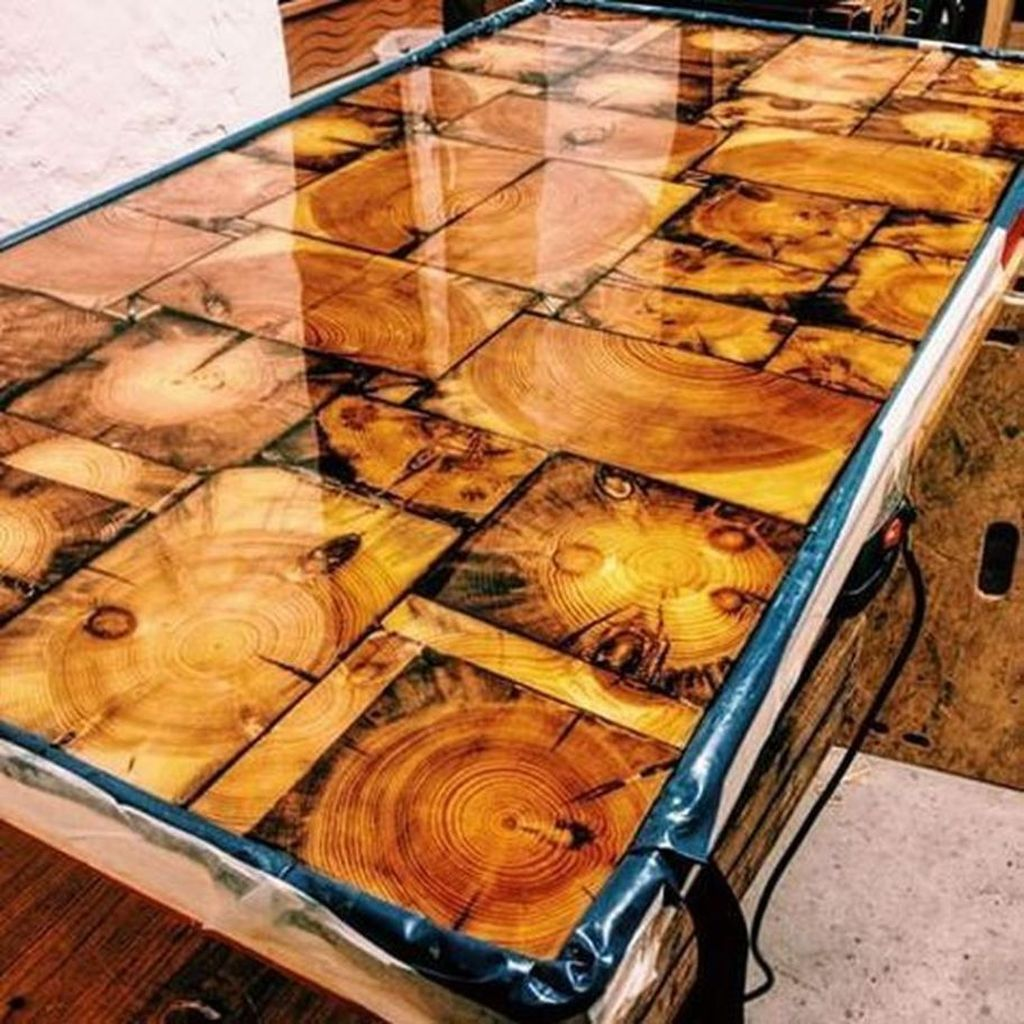 Stunning Resin Wood Table Design Ideas You Will Love 32
