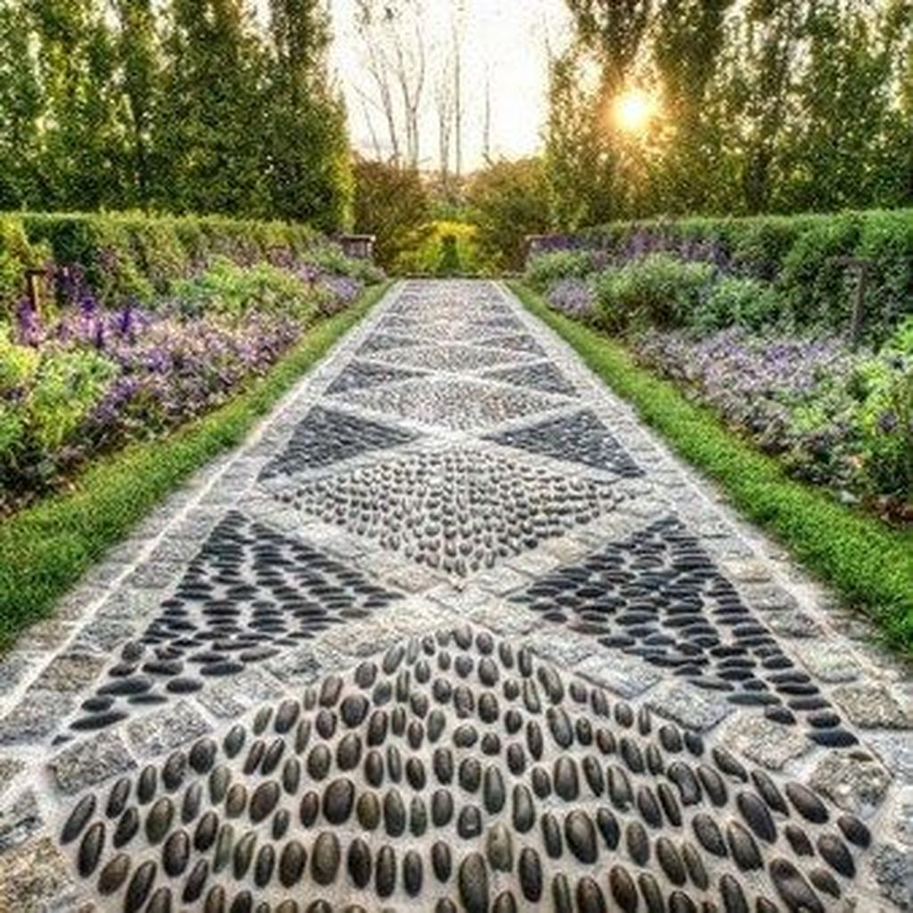 Stunning Stepping Stones Pathway Design Ideas 06