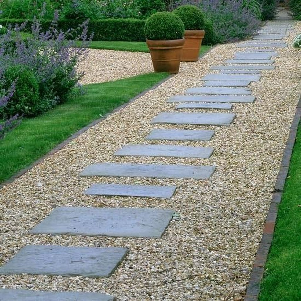Stunning Stepping Stones Pathway Design Ideas 21