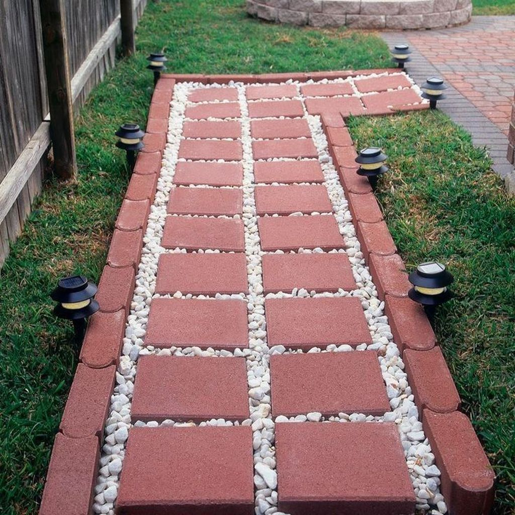 Stunning Stepping Stones Pathway Design Ideas 27