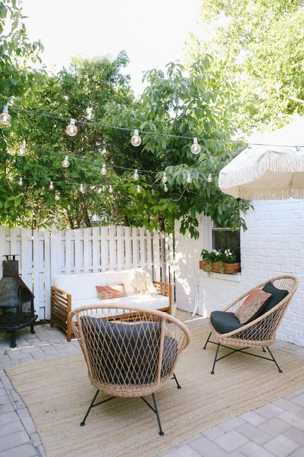 Admirable Cozy Patio Design Ideas To Relaxing On A Sunny Day 01