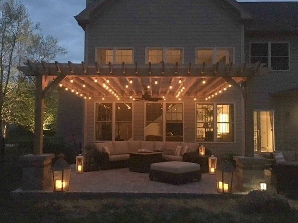 Admirable Cozy Patio Design Ideas To Relaxing On A Sunny Day 28