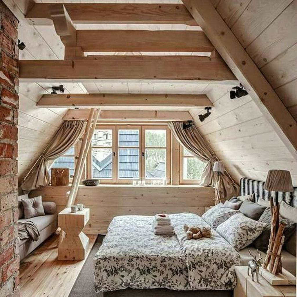 Awesome Attic Bedroom Decorating Ideas You Will Love 07