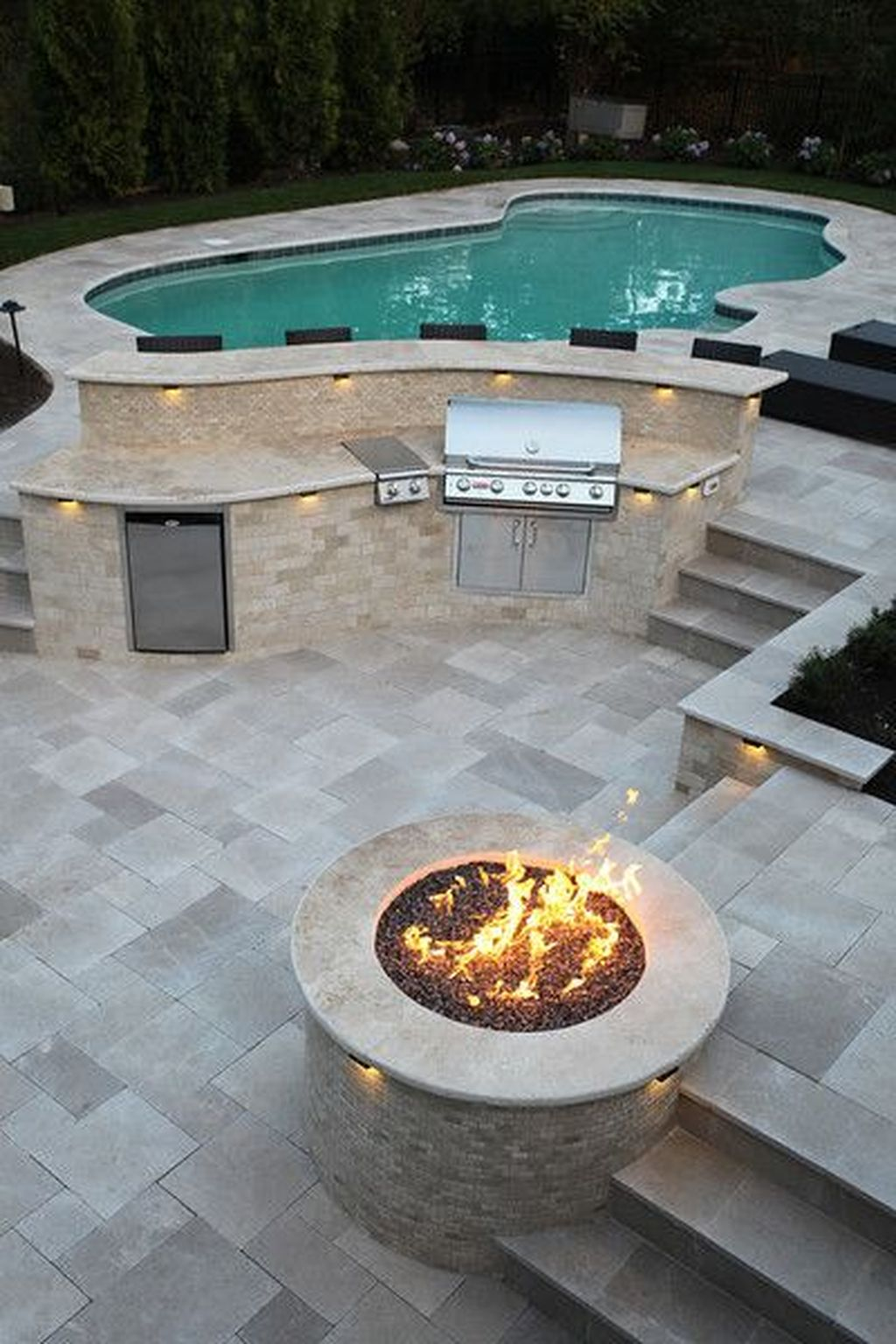 Fabulous Backyard Pool Landscaping Ideas You Never Seen Before 11