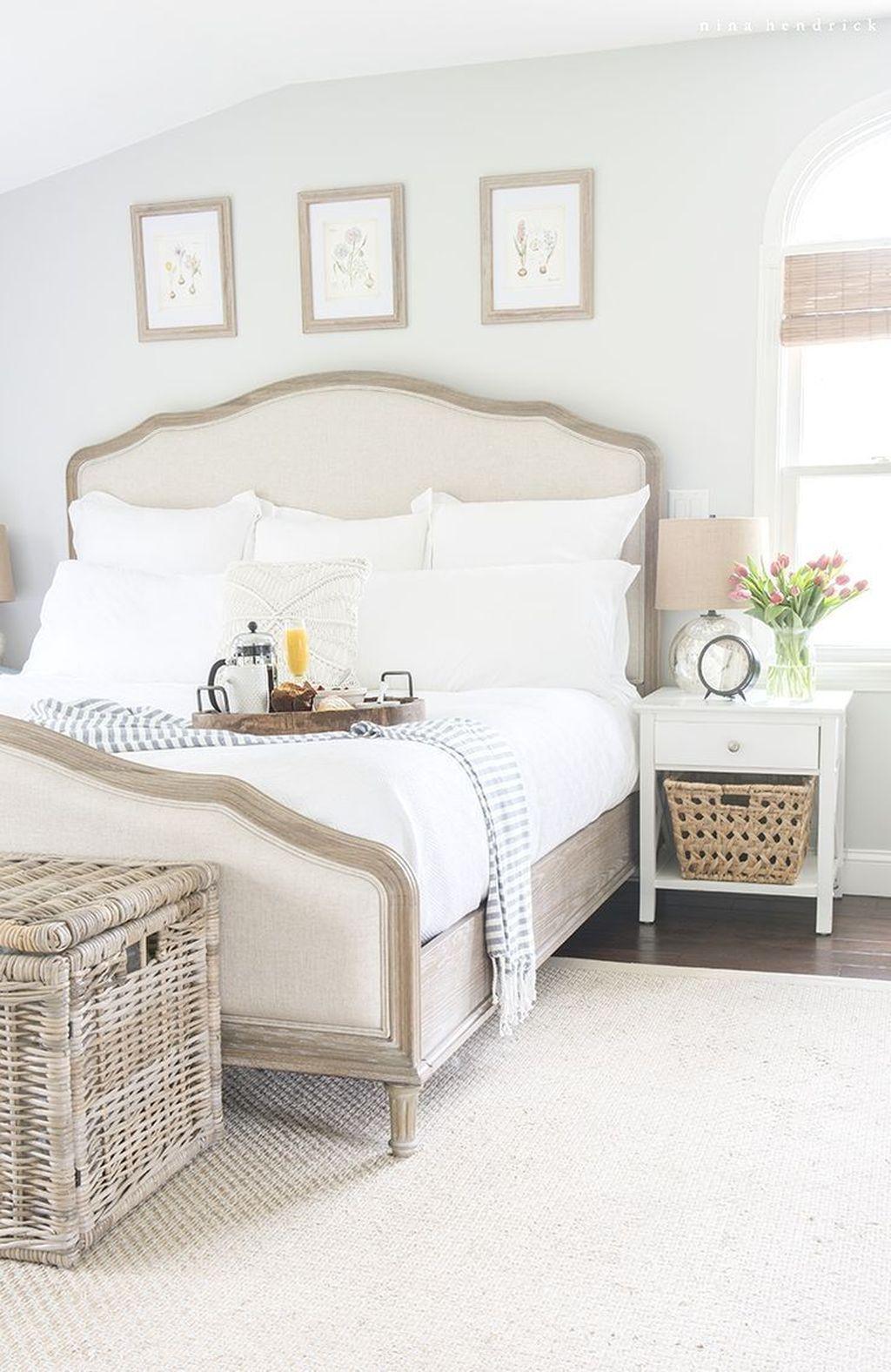 Lovely Spring Bedroom Decor Ideas Trending This Year 11
