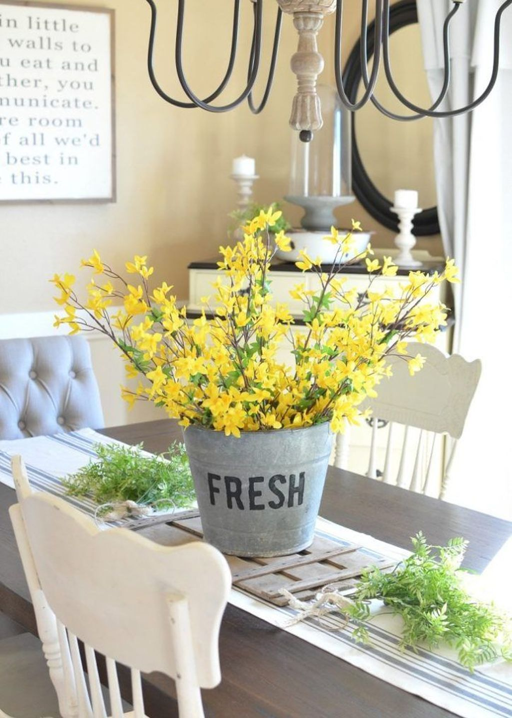 Popular DIY Spring Decor Ideas With Rustic Style 25