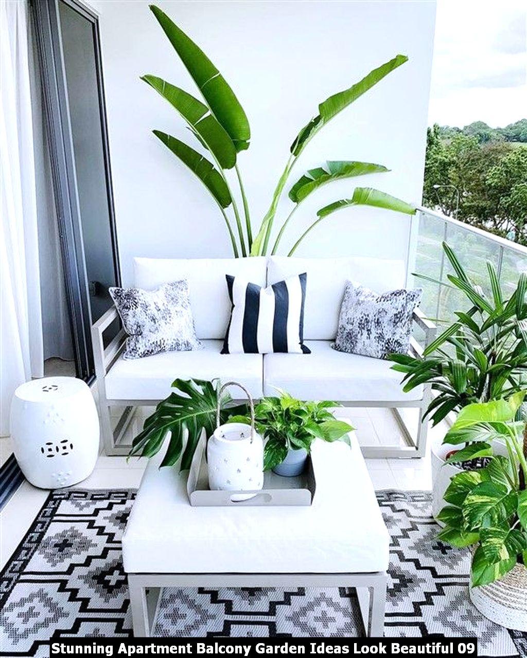 Stunning Apartment Balcony Garden Ideas Look Beautiful 09